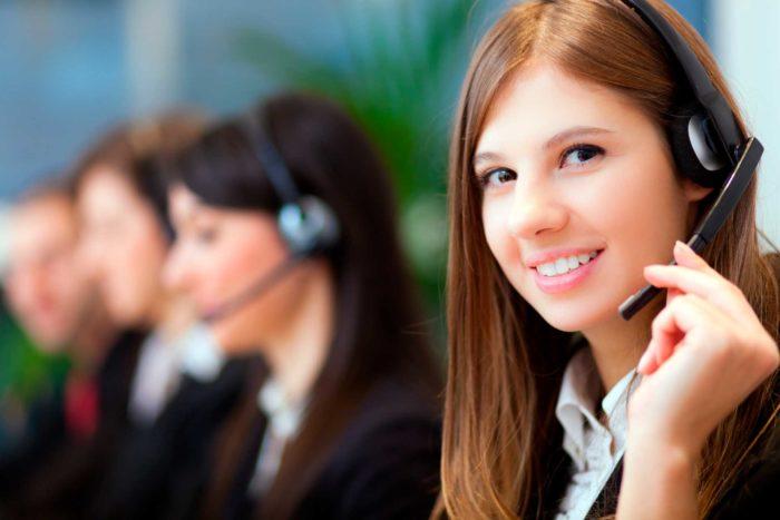 call-center-operator-03.jpg